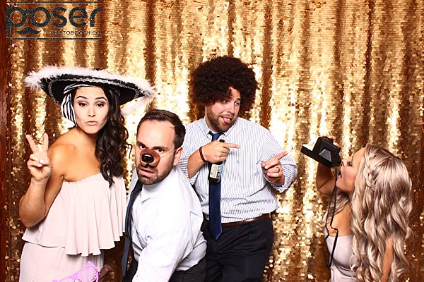 "alt=""Skytop Lodge Photo Booth"""