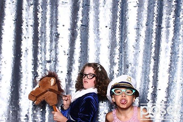 "alt=""40th birthday party photobooth"""